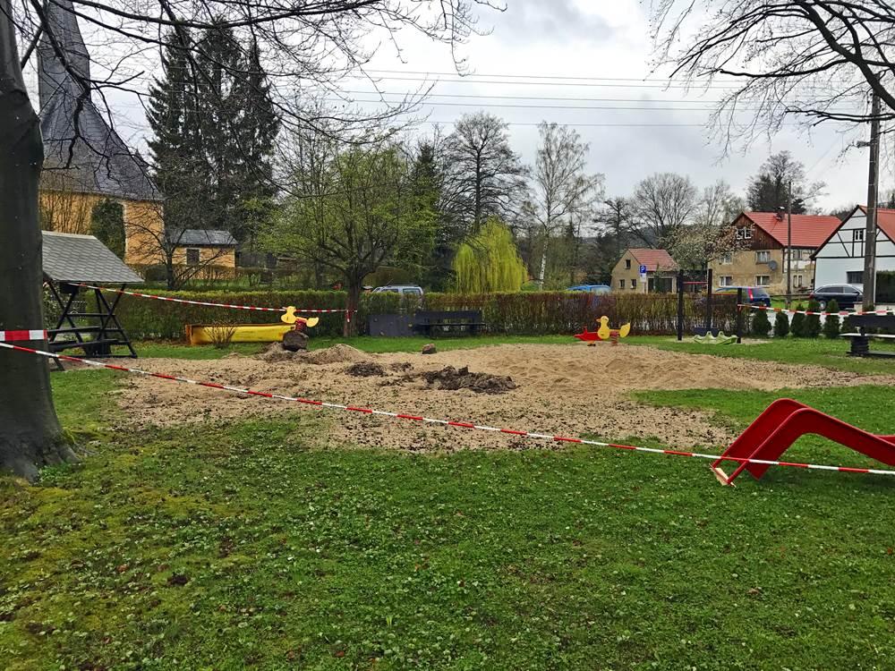 Spielplatzsanierung - Baufreiheit für den Wiederaufbau